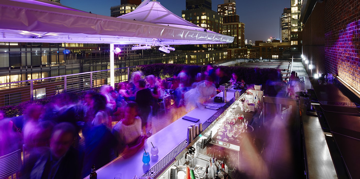 Conrad New York Downtown - Loopy Doopy Rooftop Bar